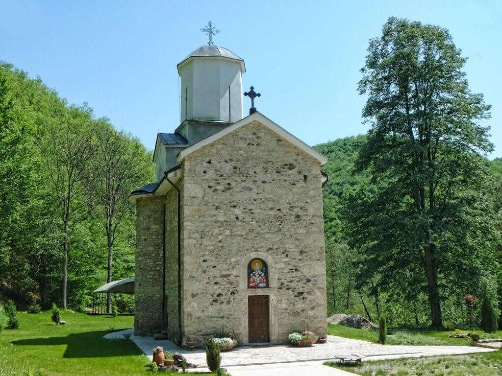 manastirak 1